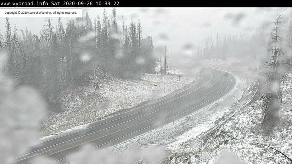 Advisory: Snow falling in northwestern Wyoming mountains Saturday